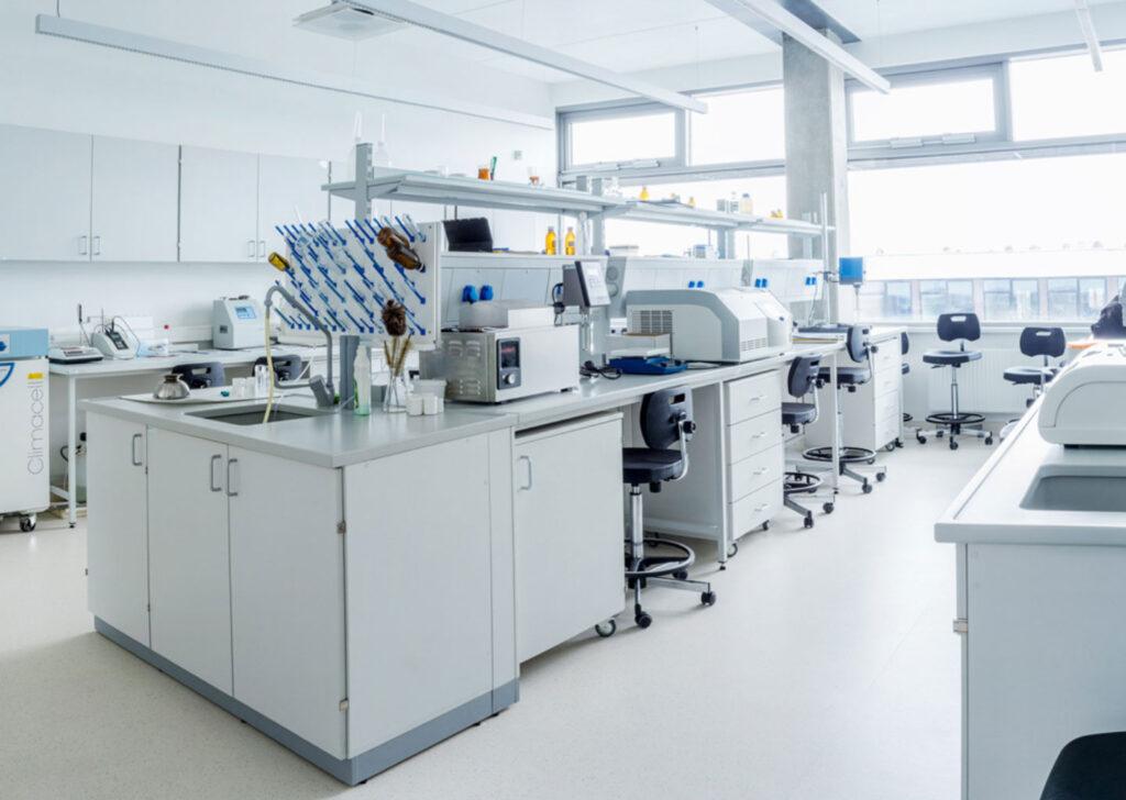 Akrilik Laboratuvar Tezgahı
